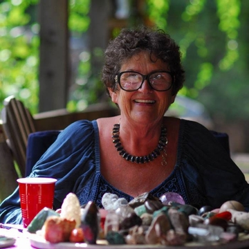 Crystal Gemstone Readings with Terry Milton